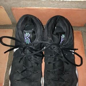 Nike Shoes - Kyrie Irving shoes